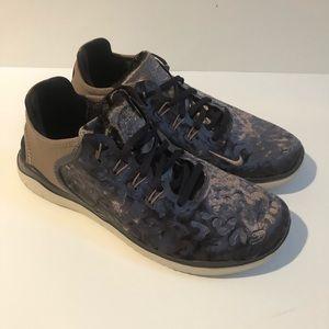 Nike free RN wild velvet